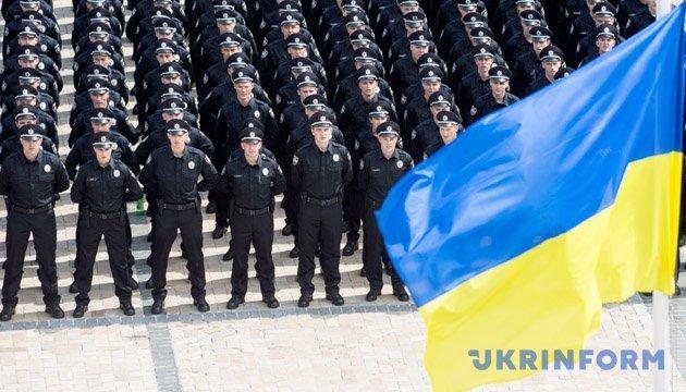 Маріуполь готується до футбольних матчів: поліцію посилили по всій Донеччині