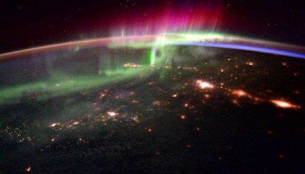 NASA опублікувало відео полярного сяйва з космосу