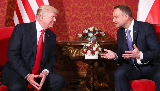 Duda, Trump discuss LNG supplies to Ukraine