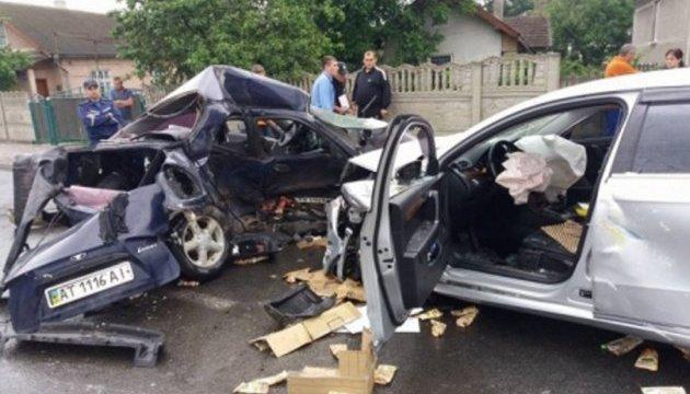 Страшне ДТП на Прикарпатті: загинув футболіст, директор Бурштинської ТЕС у лікарні