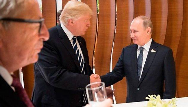 Трамп розповів, про що говоритиме з Путіним