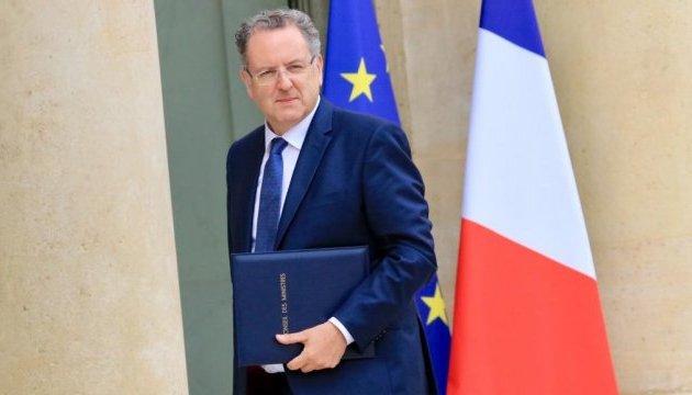 Умер один из лидеров французских националистов в Европарламенте