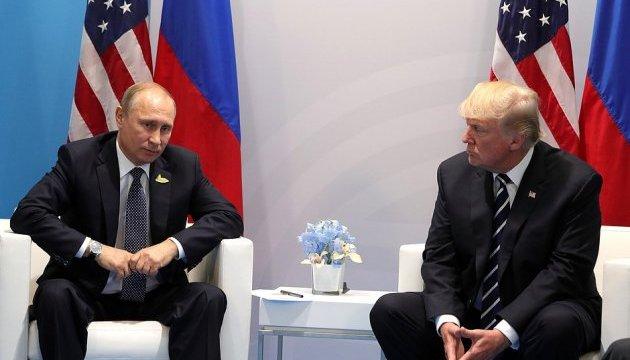 Помощник президента США договорился с Путиным о месте и дате встречи с Трампом