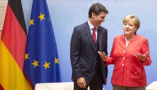Трюдо та Меркель вимагають відповідальності для РФ за дії в Україні