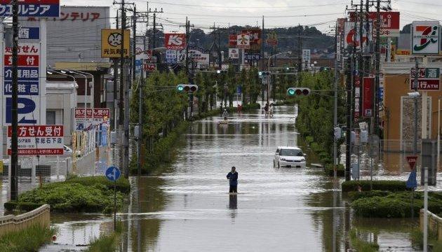 Жертвами потужних злив у Японії стали вже 18 людей