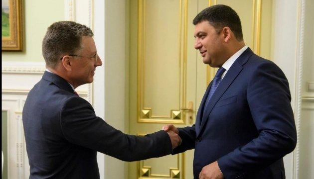 Гройсману імпонує рішучість Волкера змінити status-quo у мінських переговорах