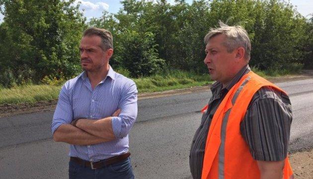 Керівник Укравтодору проінспектував дороги та мости на Донбасі
