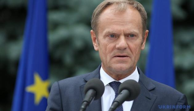 Туск: Качиньский-политик