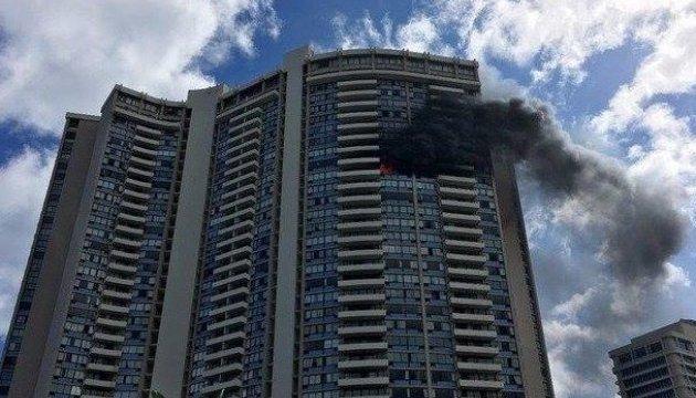На Гавайях загорелась жилая многоэтажка: есть жертвы