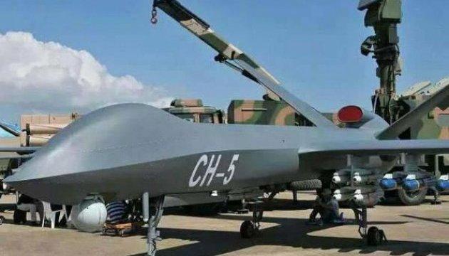 Китай запускає у виробництво новий розвідувально-ударний дрон