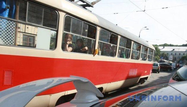 У Києві цієї вночі зупинять швидкісний трамвай