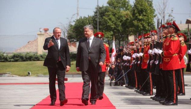 Poroshenko holding talks with Georgian president