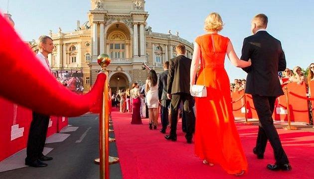 По той бік кордонів: Перший і другий день Одеського кінофестивалю
