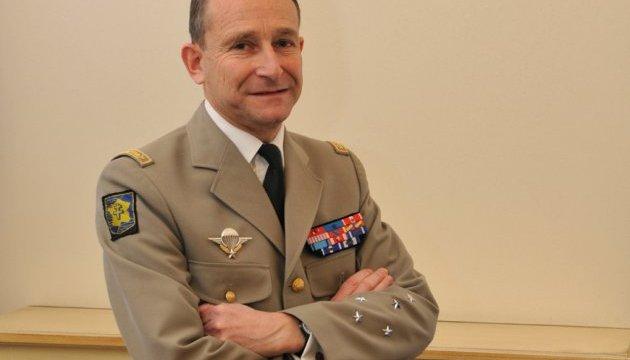 Глава генштабу ЗС Франції пішов у відставку через незгоду з Макроном