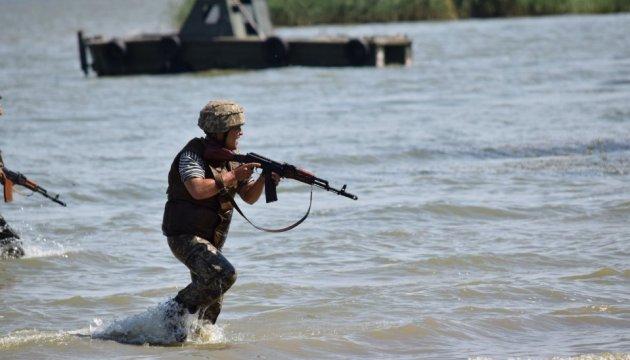 Порошенко утвердил план многонациональных военных учений на 2018 год