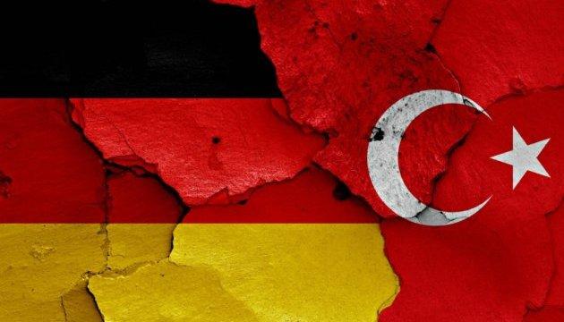 Туреччина викликала посла Німеччини
