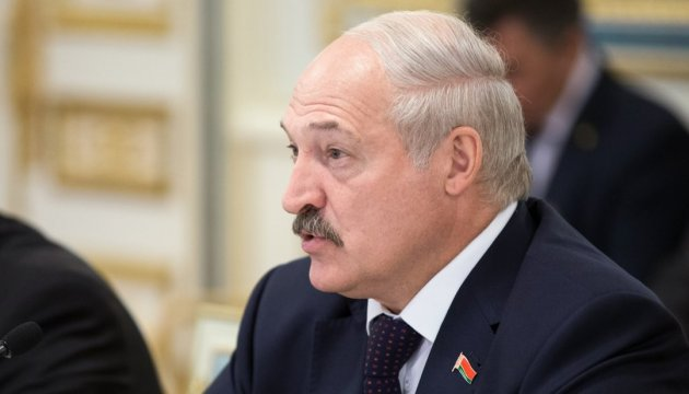 Lukashenko backs Zelensky's initiatives on new format of talks