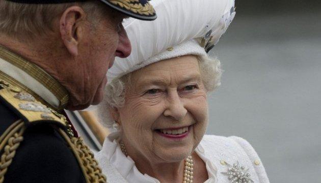 У Лондоні покажуть тотемний стовп королеви