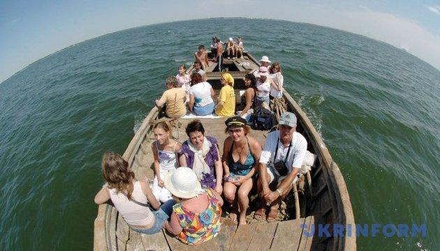 Курортний сезон на півдні України: де, як і за який кошт