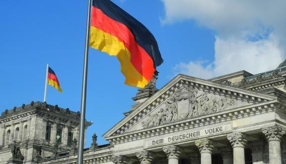Берлин назвал важным шагом продление особого статуса на Донбассе