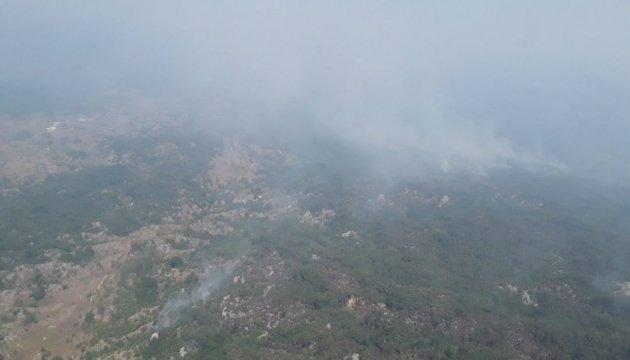 Лесные пожары в Черногории: украинская авиация сбросила 376 тонн воды