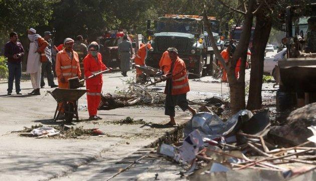 Смертник підірвав авто в Кабулі: 24 загиблих