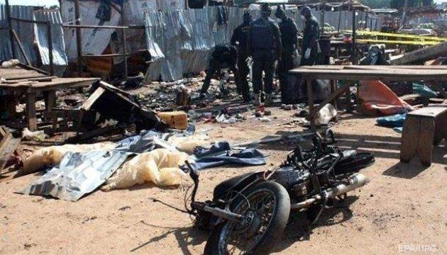 В Нигерии смертницы атаковали лагеря беженцев, восемь погибших