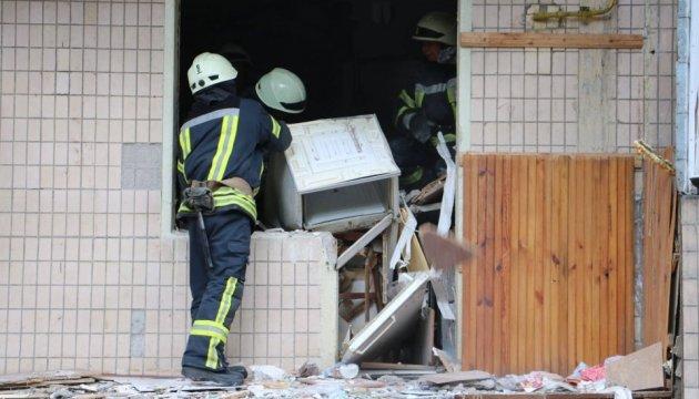 В Киеве продолжают разбирать завалы после взрыва в многоэтажке