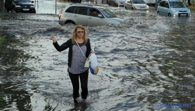 Недільна злива у Києві побила 57-річний рекорд