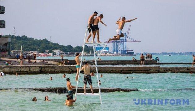 Морські пляжі Одещини відкрито для купання