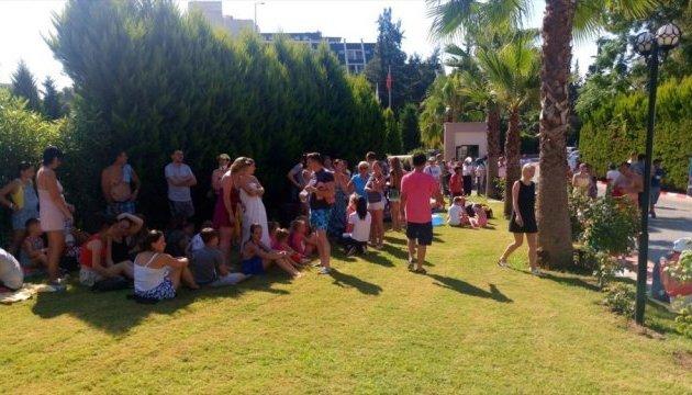 В Турции горел пятизвездочный отель: эвакуировали около 400 туристов