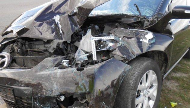 В Ривненской области Mazda влетела в маршрутку, пострадали дети