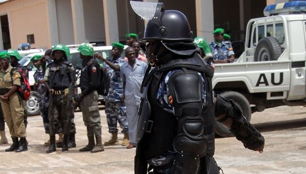 У Сомалі терористи намагалися захопити військову базу