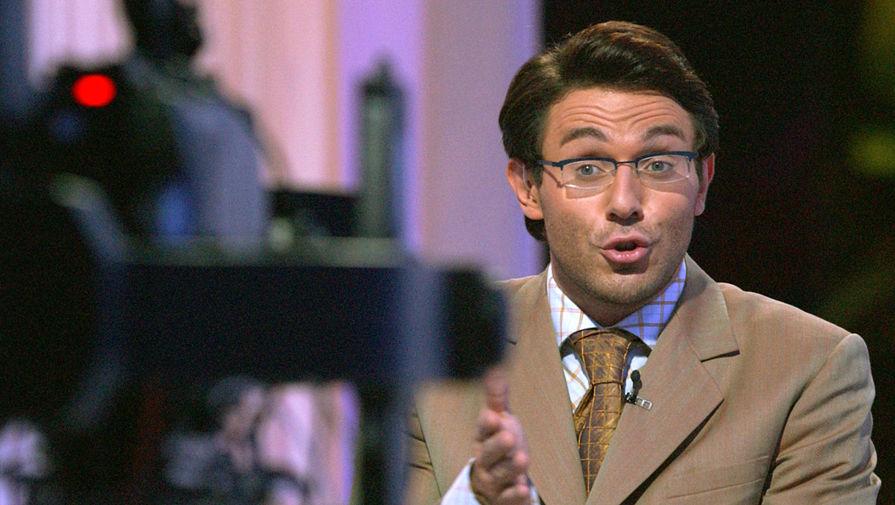 Андрей Малахов ведет программу «Пять вечеров», 2004 год. Фото: Александр Куров/ТАСС