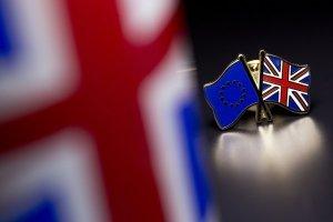 Еврокомиссия официально сообщила Британии о нарушении Brexit-соглашения