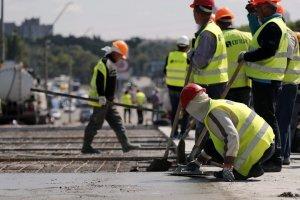 Из-за ремонта частично перекроют улицу Стальского