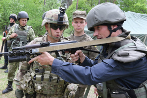 Le Canada affectera plus de 100 millions de dollars à l'appui militaire de l'Ukraine