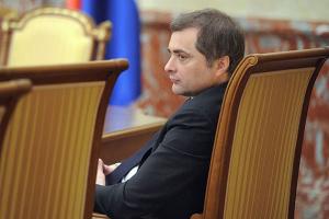 """Пєсков спростовує, що Сурков відійшов від """"питань України"""""""
