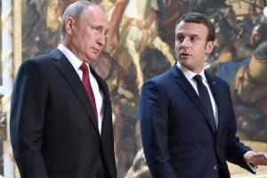 Три події світу. Плутанина від Пристайка, порозуміння Москви та Парижа і звільнення Болтона