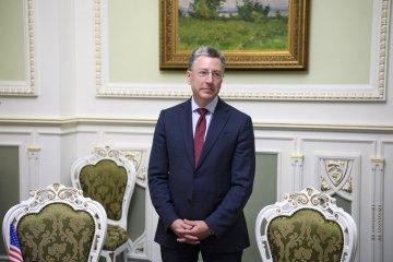 Kurt Volker et Vladislav Sourkov n'ont pas su se mettre d'accord sur le déploiement des Casques Bleus dans le Donbass