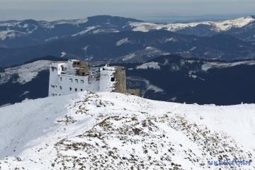 La neige est déjà tombée dans les Carpates