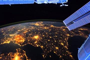 Україна планує запустити в космос сім супутників протягом п'яти років