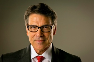 Perry: Estados Unidos espera trabajar conjuntamente con el nuevo presidente de Ucrania