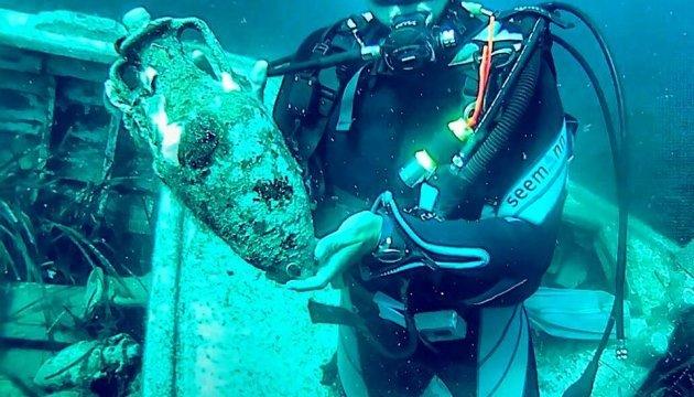 У Хорватії можна скуштувати підводного вина