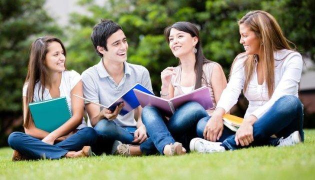 Мінфін планує скоротити кількість студентів, що отримують стипендію - ЗМІ