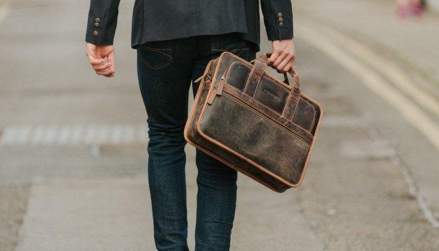Портфель для ноутбука: супутник ділової людини