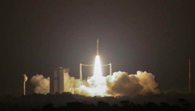 Vega launcher powered by Ukrainian engine delivers satellites to Earth orbit. Video
