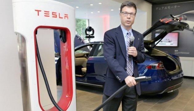 Из Tesla уходит глава отдела технологий хранения энергии, строивший Gigafactory