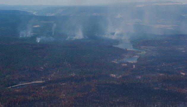Лісова пожежа у Канаді насувається на велике місто