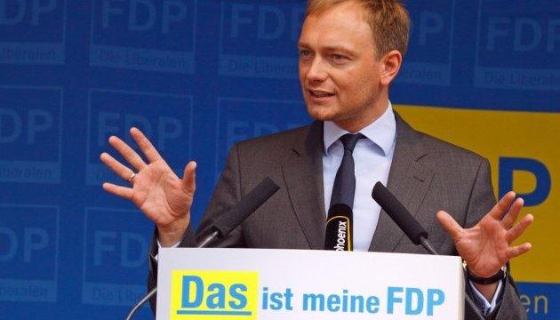 Лідер німецьких лібералів пояснив позицію щодо анексії Криму та відносин з РФ